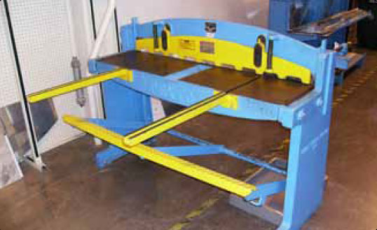 Figure 4-24. Foot-operated squaring shear.