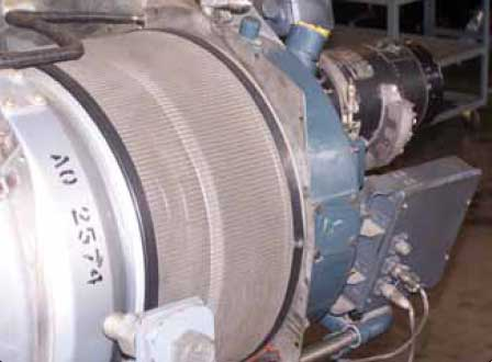 Figure 3-28. An example of a turboprop engine that incorporates inlet screens.